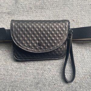Vince Camuto wristlet/belt bag